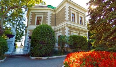 кузнецовский дворец форос