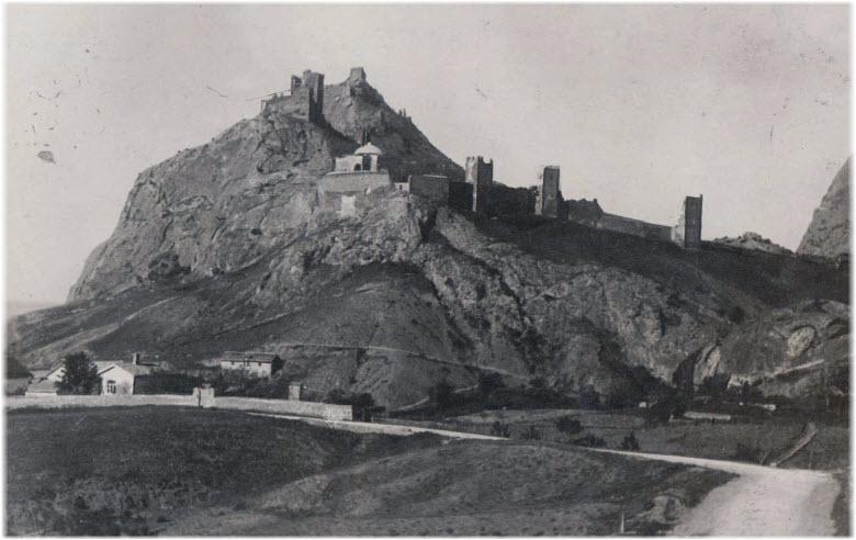 старые виды крепости в Судаке
