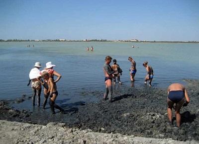 Лечебные грязи озера Мойнаки