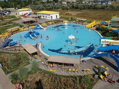 аквапарк банановая республика в евпатории карибский бассейн