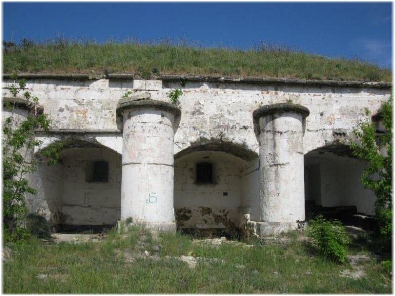 форт Толебен на фото