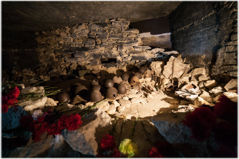 фото внутри катакомб