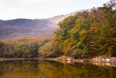 Фото озера Кастель