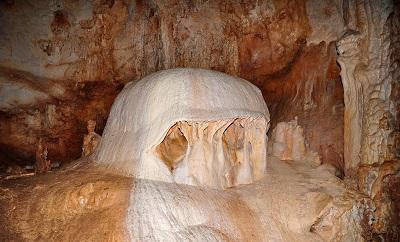 пещера Эмине-Баир-Хосар Шапка Мономаха