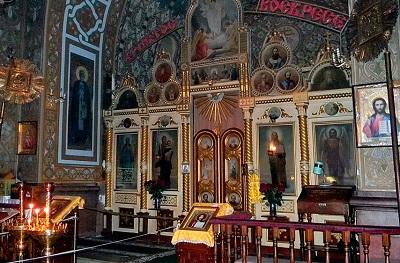 Фото внутри Александро-Невской церкви