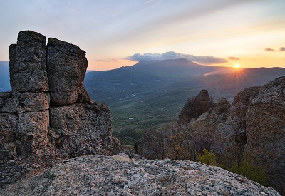 Гора Чатыр-Даг в Крыму фото на закате