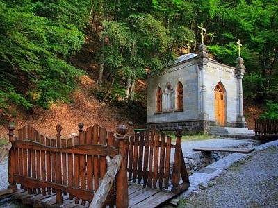 Космо-Дамиановский монастырь фото 1