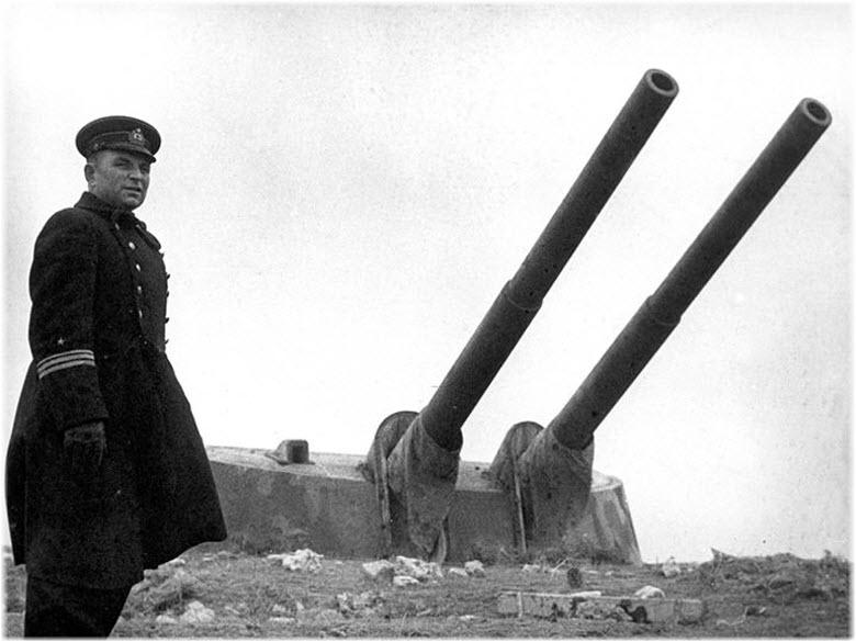 фото батареи во время Второй обороны Севастополя