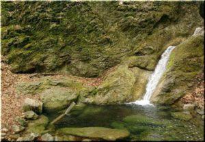 водопад Трех Святителей