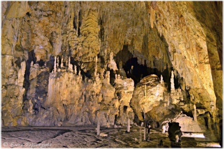 Пещера Виола