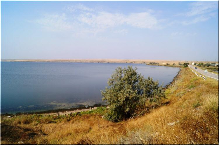 трасса у озера Донузлав