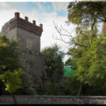 Башня Константина — напоминание о генуэзцах в Феодосии
