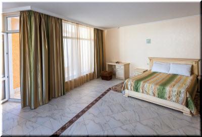 отель азор ливадия в номере