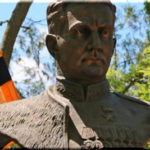 памятник мамсурову в керчи