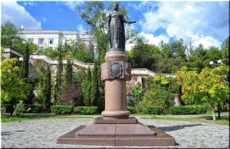 севастополь памятник екатерине 2