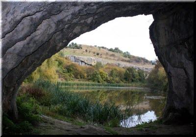 водопад мердвен-тобе и грот коба-чаир фото