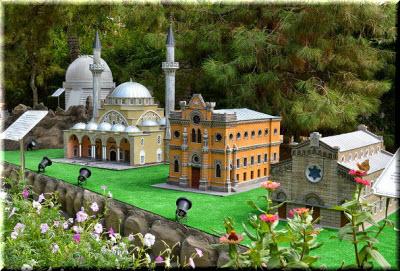 Фото парка миниатюр в Евпатории