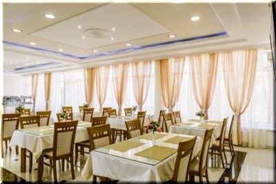 Ресторан в отеле «Дюльбер»