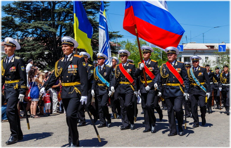 парады в Севастополе