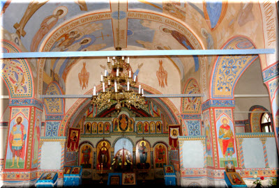 фото внутри Введенской церкви