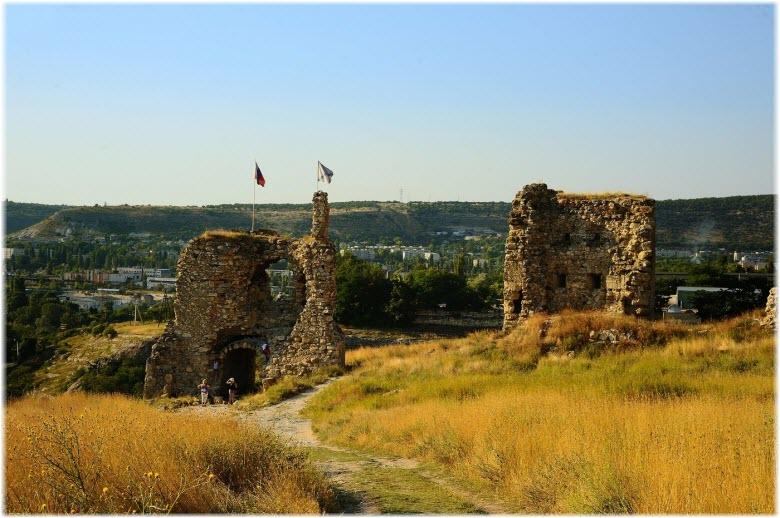 Пещерная крепость Каламита