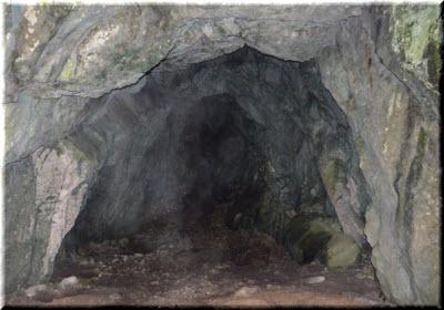 фото внутри пещеры Белянского