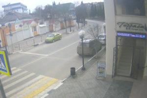 фото с камеры у кафе Терраса в Судаке