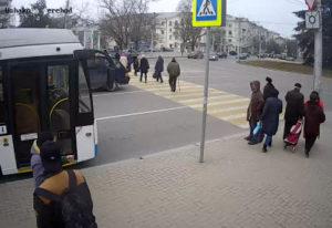 фото с камеры у площади Ушакова в Севастополе