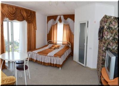 в номере гостиницы Вояж