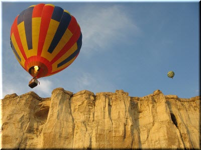 полет на шаре возле Белой скалы