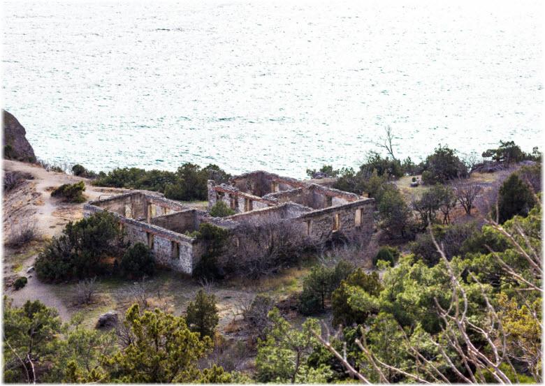 Развалины монастыря под Судаком