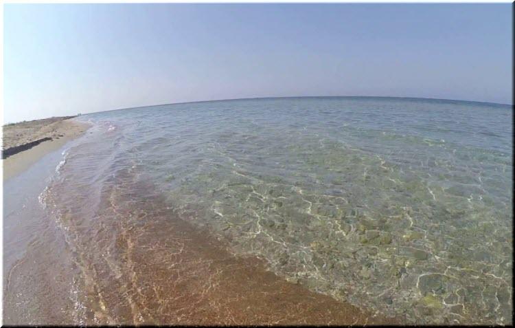 дикие пляжи Штормового