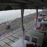 Веб-камера кафе «Веранда» в Рыбачьем. Пляж и море