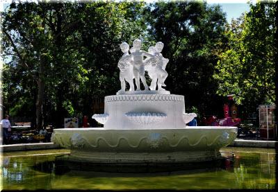 фонтан в Комсомольском парке