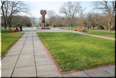 Комсомольский парк в Керчи