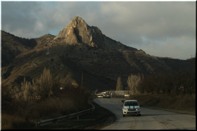 фото машин на Грушевском перевале
