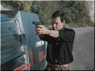 кадр из фильма Мираж