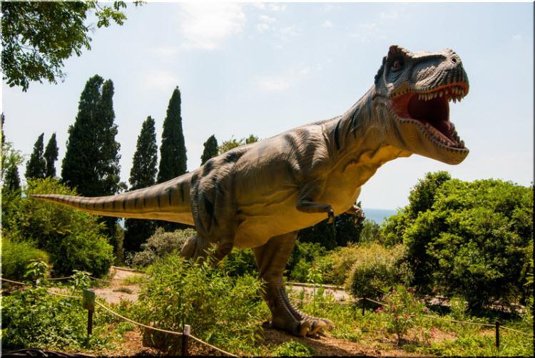 динозавры в Никите