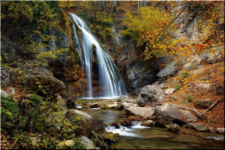 фото водопада Джур-Джур