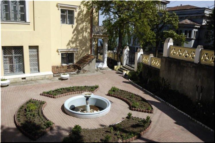 фонтан на даче Милос