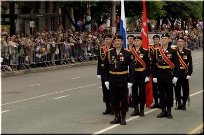 фото с Парада Победы в Симферополе 2018