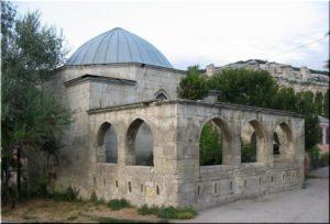 мавзолей Эски-Дюрбе