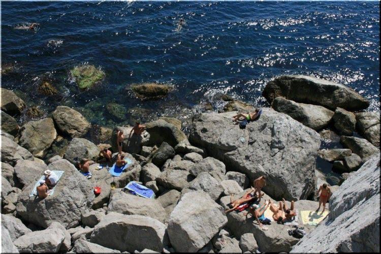 пляж Голубые камни