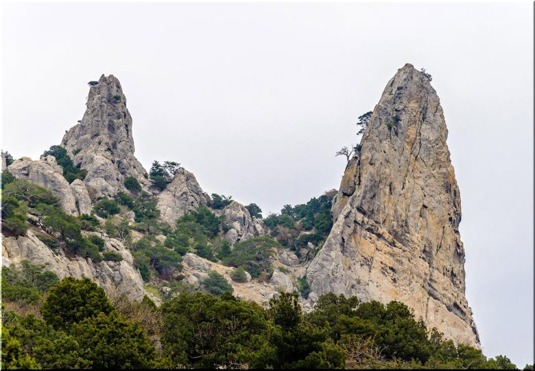 Адамово ложе и гора Космос