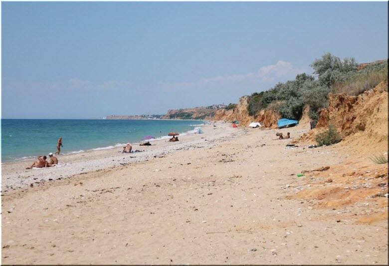 Нудистский пляж в Любимовке