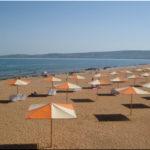 Алые паруса — семейный пляж в городе Феодосия