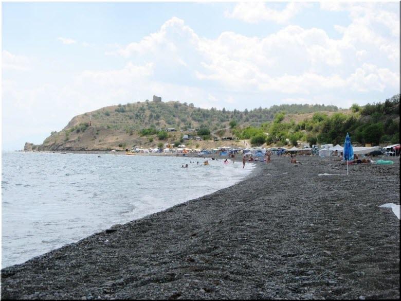 пляж недалеко от отеля Жемчужина Арпата