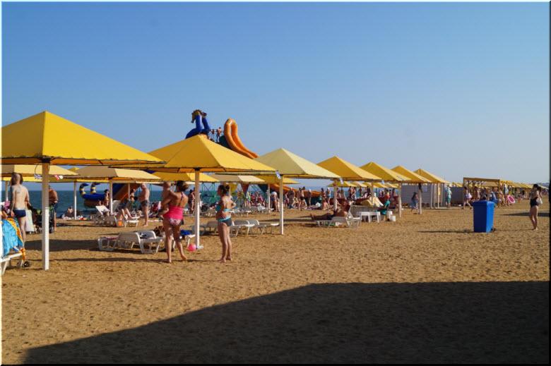 фото пляжа СанДали в Керчи