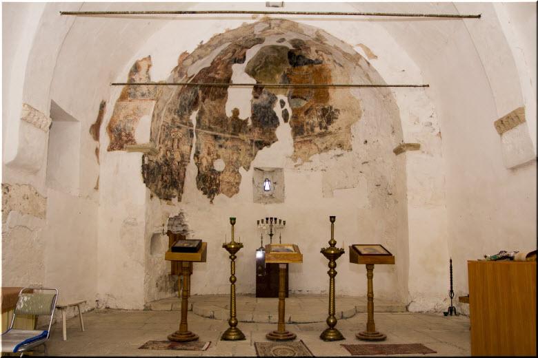 фото внутри Церкви Дмитрия Солунского