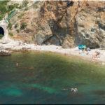 Каравелла — еще один дикий пляж у мыса Фиолент